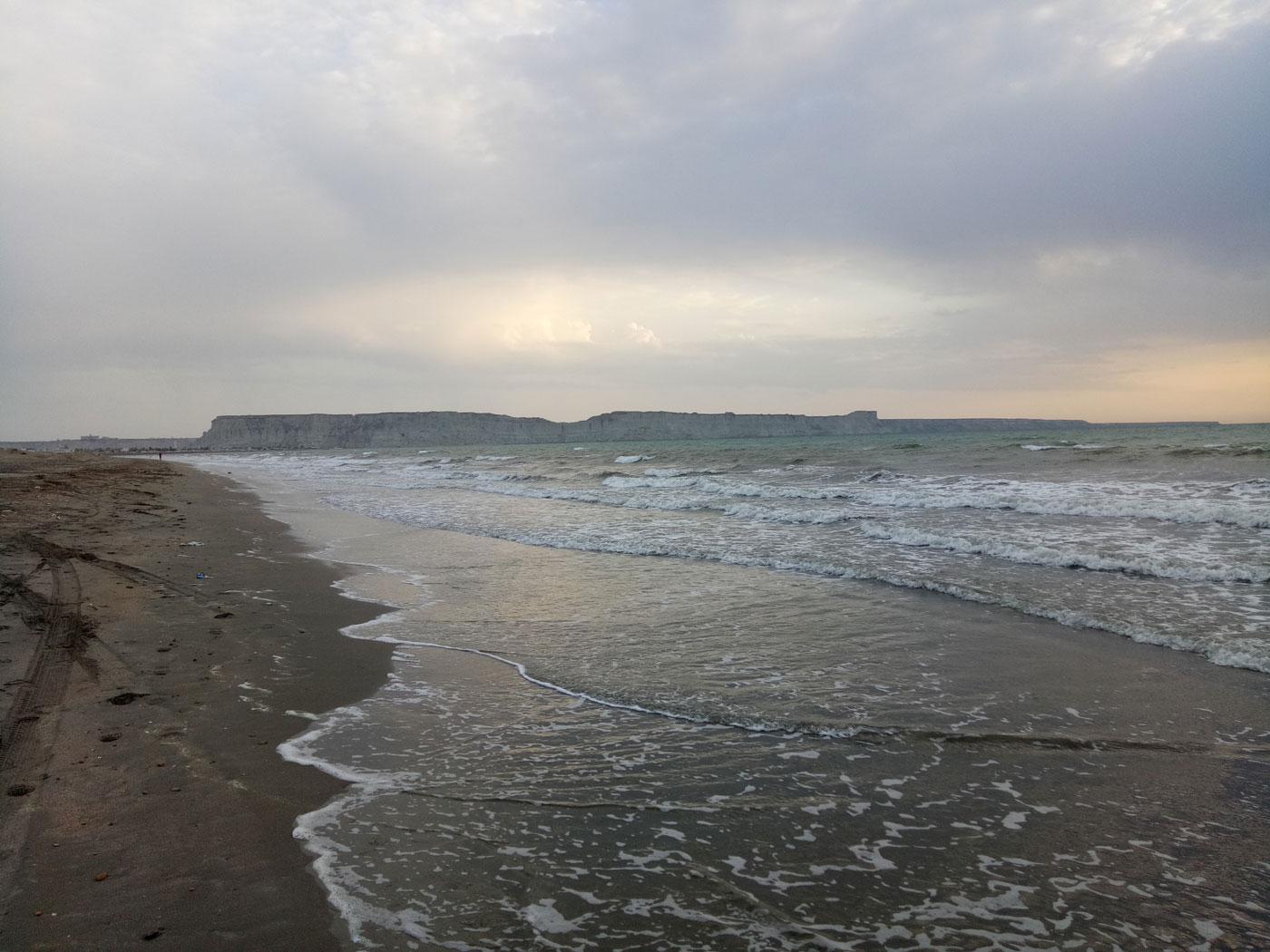 20 Acer Open Land Sea Front In Mouza Gunz, Gwadar
