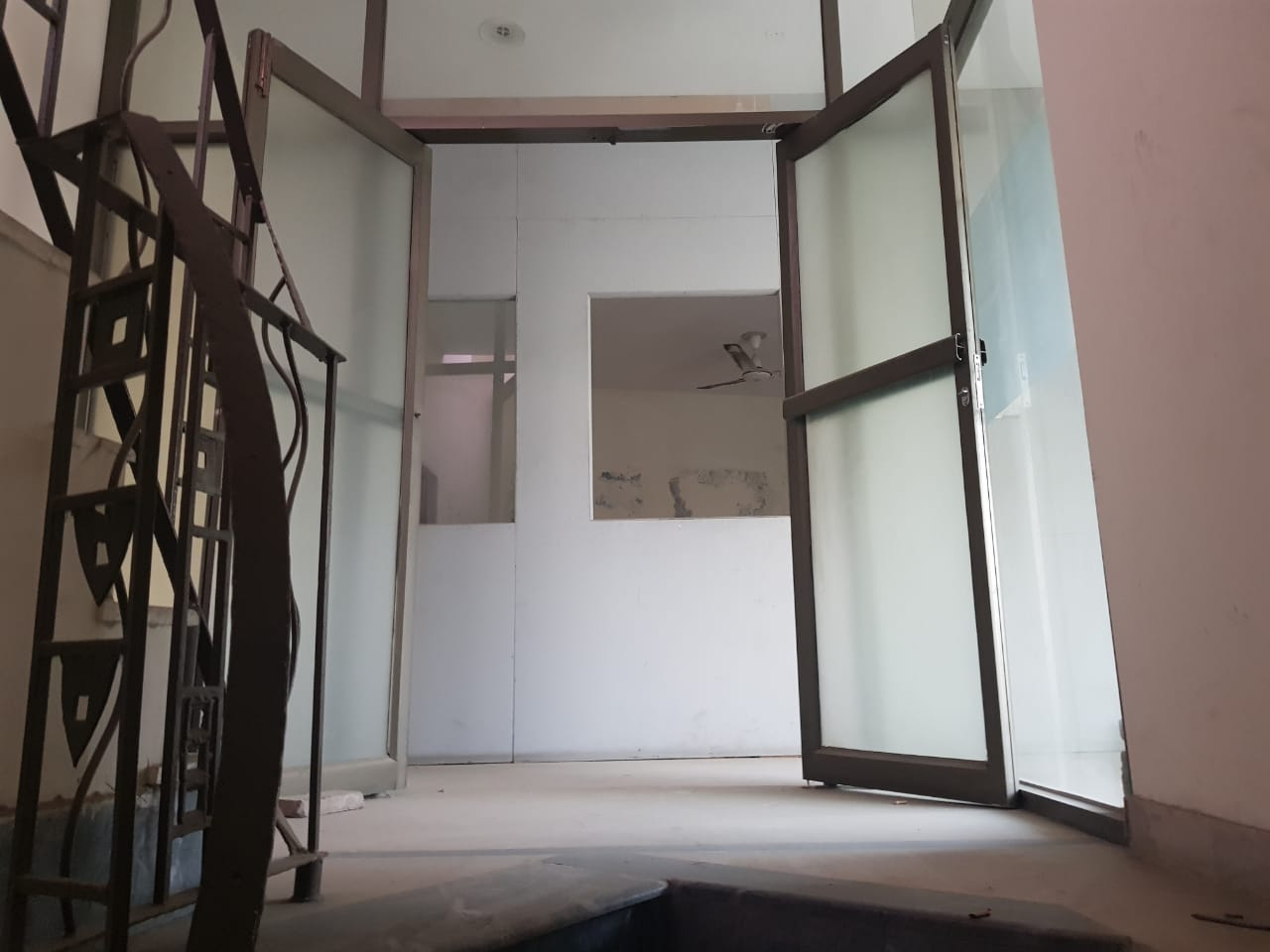04 MARLA 2nd FLOOR WITH 1 ROOM 2 WASHROOMS IN DHA PHASE 1