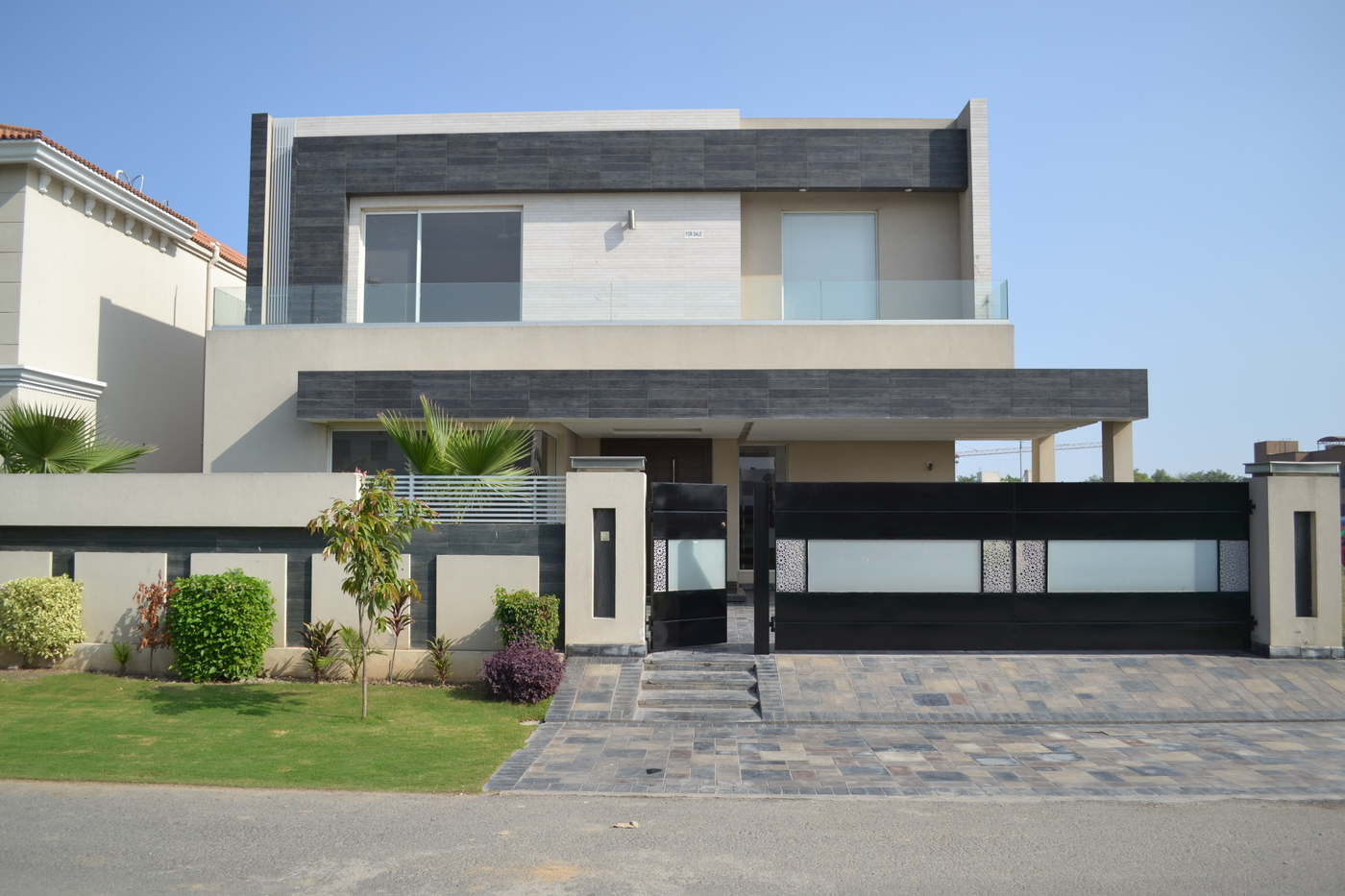 01 KANAL LUXURY HOUSE FOR SALE IN DHA PHASE 6